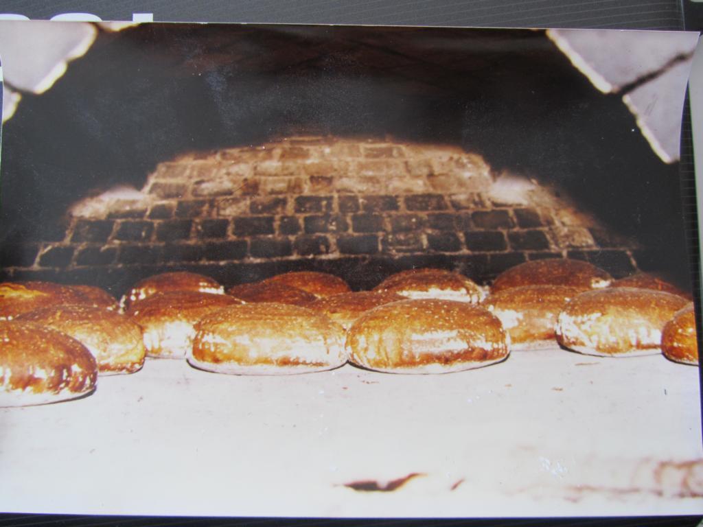 Brot aus dem alten Backofen